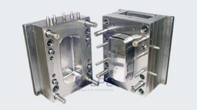 mold plastic injection 570x320px